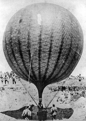 A Royal Engineers observation balloon deployed during the Boer War in South Africa.